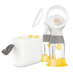 Medela Pump in Style with MaxFlow pump with bottles 250x250