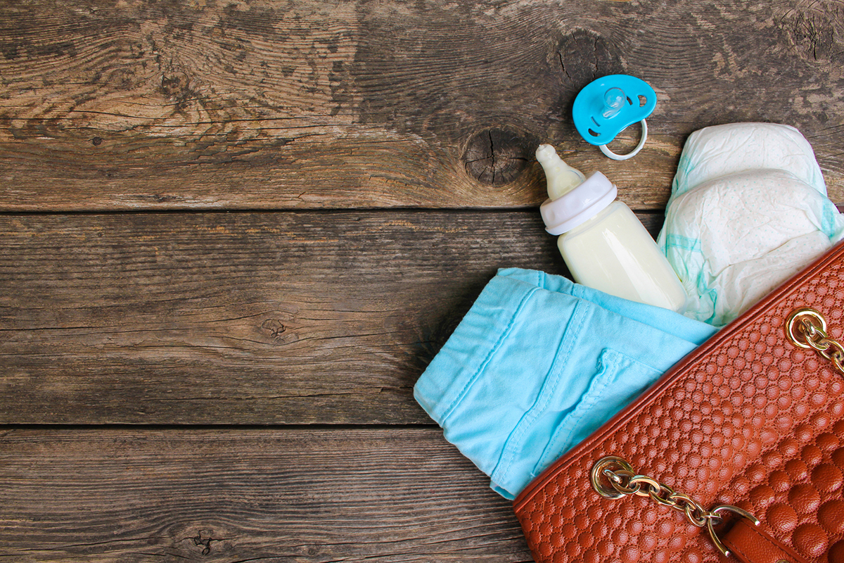 5 Must-Haves for Your Breast Pump Bag